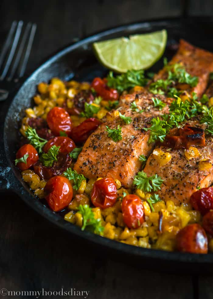Salmon with Roasted Tomatoes and Corn-Salmon with Roasted Tomatoes and Corn isan effortless dinner that the whole family will love!Picky eaters approved.https://mommyshomecooking.com