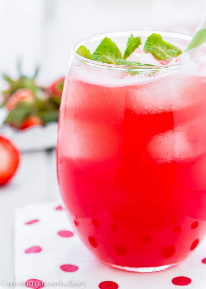 Easy Strawberry Lemonade-2