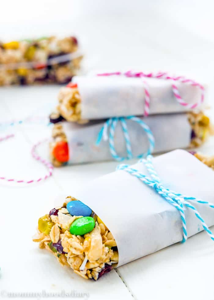 "These No Bake Protein Bars are easy to make at home, super tasty, and much more affordable than store-bought. A quick little ""merienda"" or snack, neatly wrapped and ready to go. https://mommyshomecooking.com"
