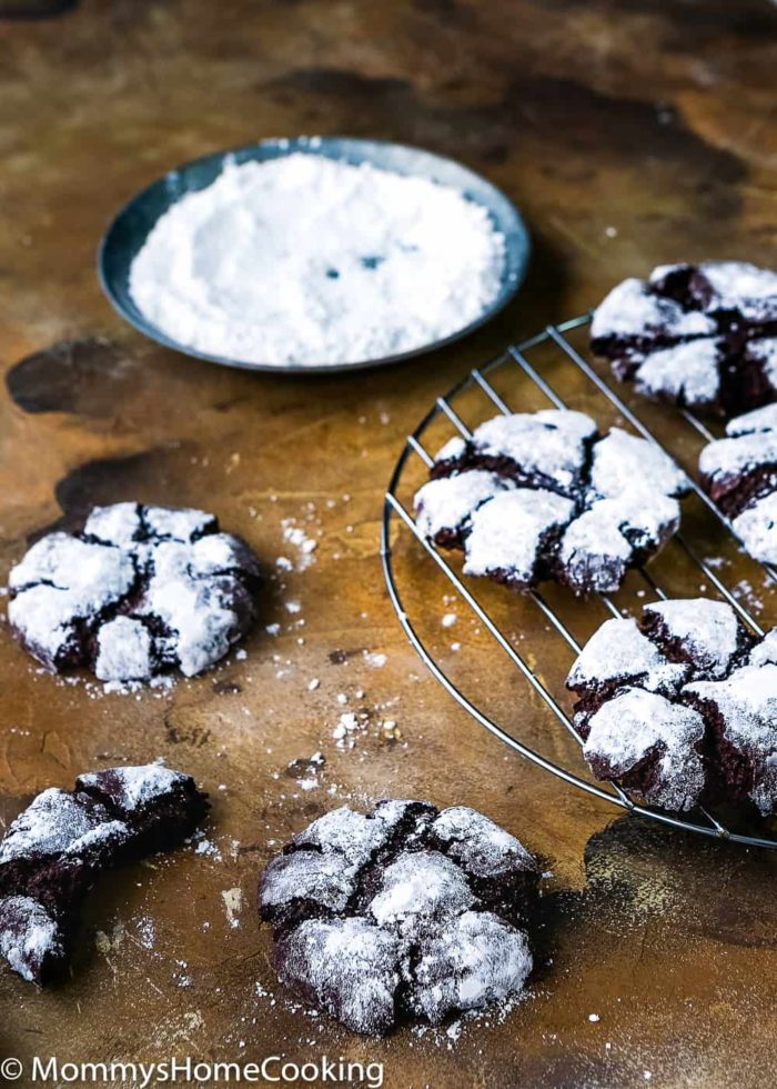 Eggless Chocolate Crinkle Cookies-8