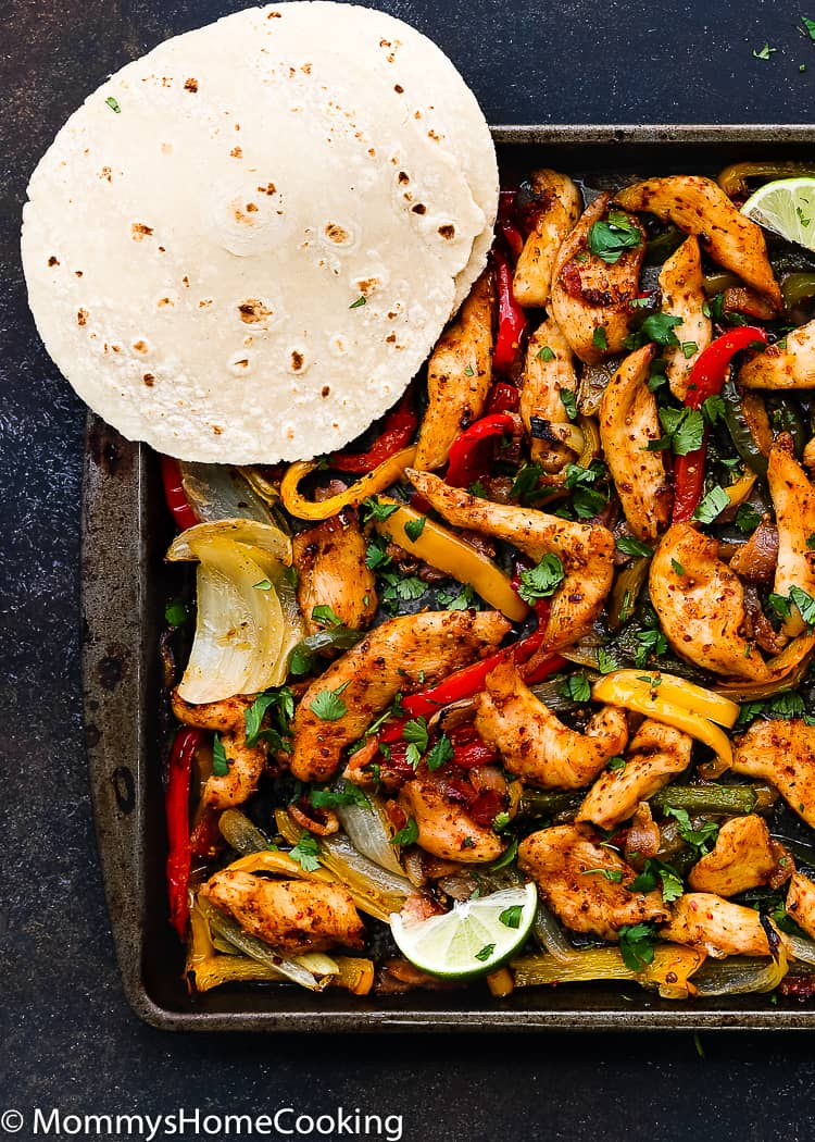 This Sheet Pan Barbecue Bacon Chicken Fajitas is zesty, smoky and oh-so-welcome on a busy weeknight. Plus, it is happily mess-free. http://mommyshomecooking.com