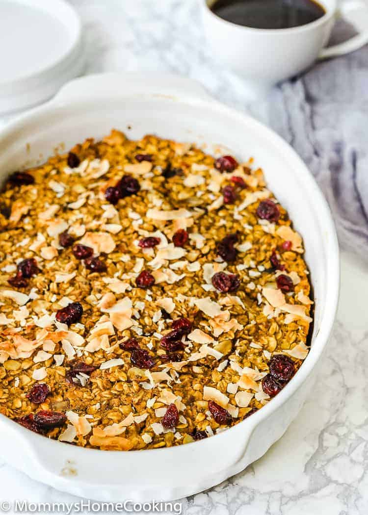 This Pumpkin Cranberry Baked Oatmeal is the perfect breakfast any day of the week! Hearty, filling, and yummy, this baked oatmeal is what you have been looking for to start your day off right. Plus, it's super easy and can be made in advance. http://mommyshomecooking.com