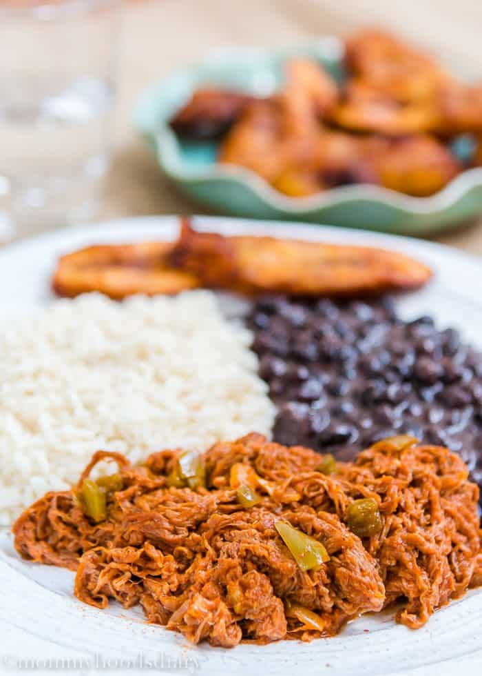 This Venezuelan Shredded Beef recipe is amazing! It's tender, juicy and so flavorful. Make a big batch and you can have something different with it for days. https://mommyshomecooking.com