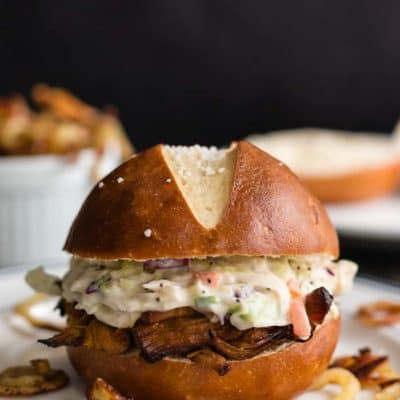 Cranberry Pulled Pork and Coleslaw Salad Sandwich | mommyshomecooking.com