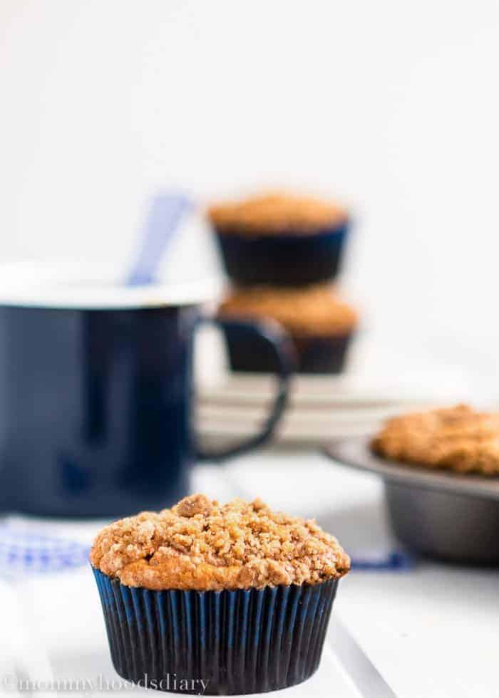 These Eggless Banana Crumb Muffins are moist, delicious and perfect for snacks or school lunches! They are so easy to make and they taste amazing! https://mommyshomecooking.com