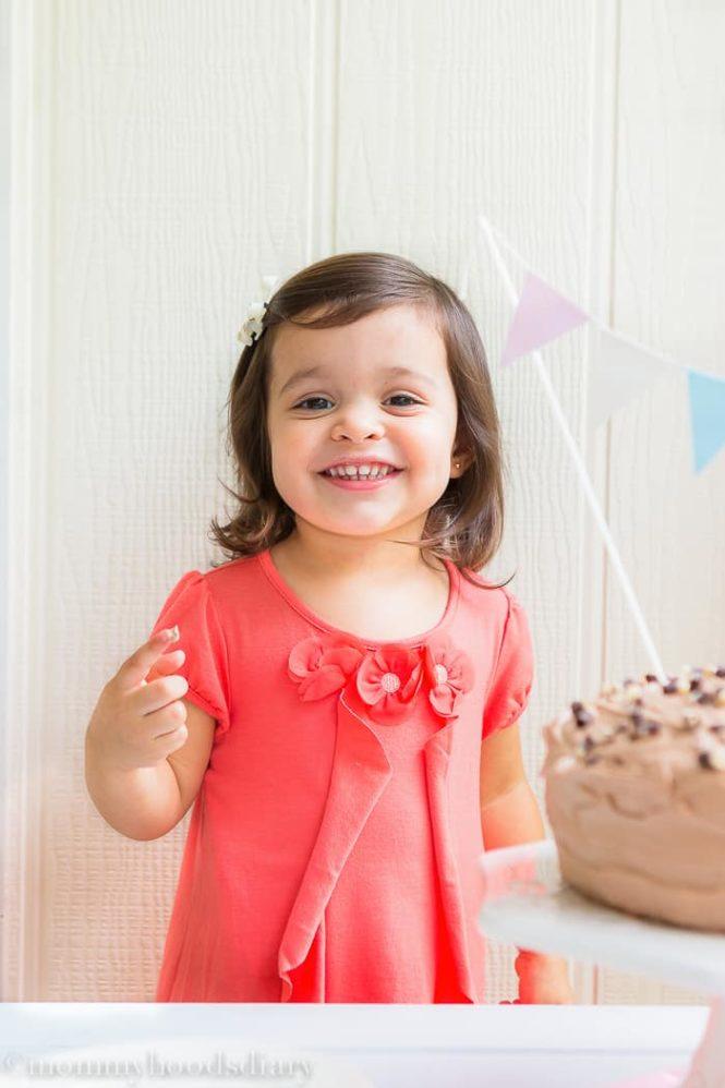 Vicky Birthday- Egg Free Vanilla Cake Recipe   mommyshomecooking.com