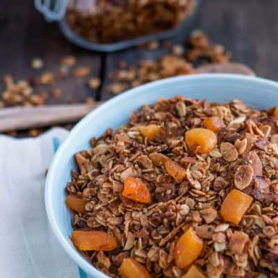 Coconut and Apricots Granola | Mommyhood's Diary