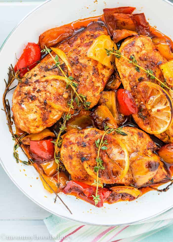 These Easy Peri Peri Chicken Breasts are a tasty, quick and easy dinner that only leaves you with ONE pan to wash! Easy to make, easier to eat! https://mommyshomecooking.com