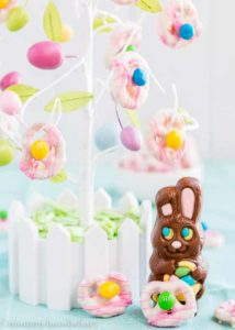 Easter Yogurt Covered Pretzels | Mommyhood's Diary