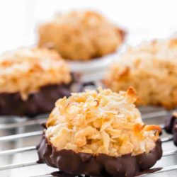 Eggless Coconut Macaroons | Mommyhood's Diary