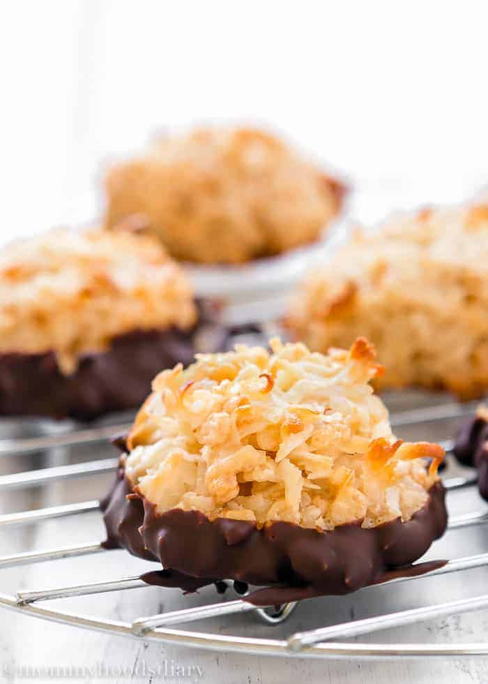Eggless Coconut Macaroons-2