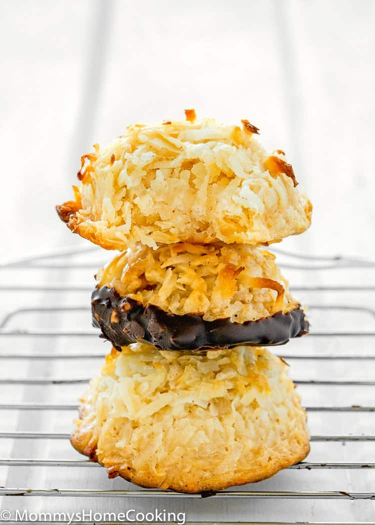 How to make Eggless Coconut Macaroons stack