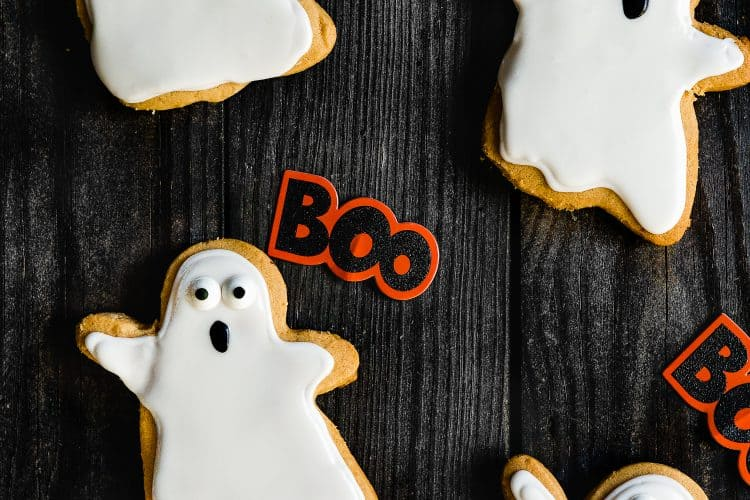 3-Ingredients Eggless Peanut Butter Halloween Cookies | Mommy's Home Cooking