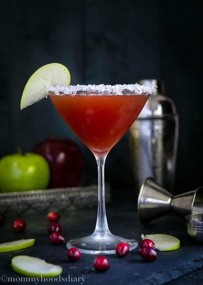Apple Cranberry Caramel Cocktail-1