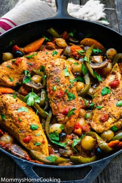 EasyChickenBreasts Cacciatore in a cast iron skillet with veggies