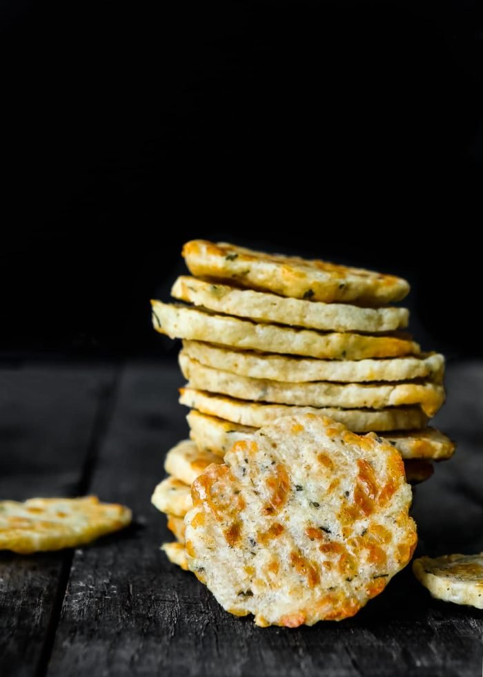 These easy homemade Swiss Cheese Rosemary Crackers are delicious and perfect pair with cheese. The dough comes together in minutes—and it's freezer friendly. https://mommyshomecooking.com