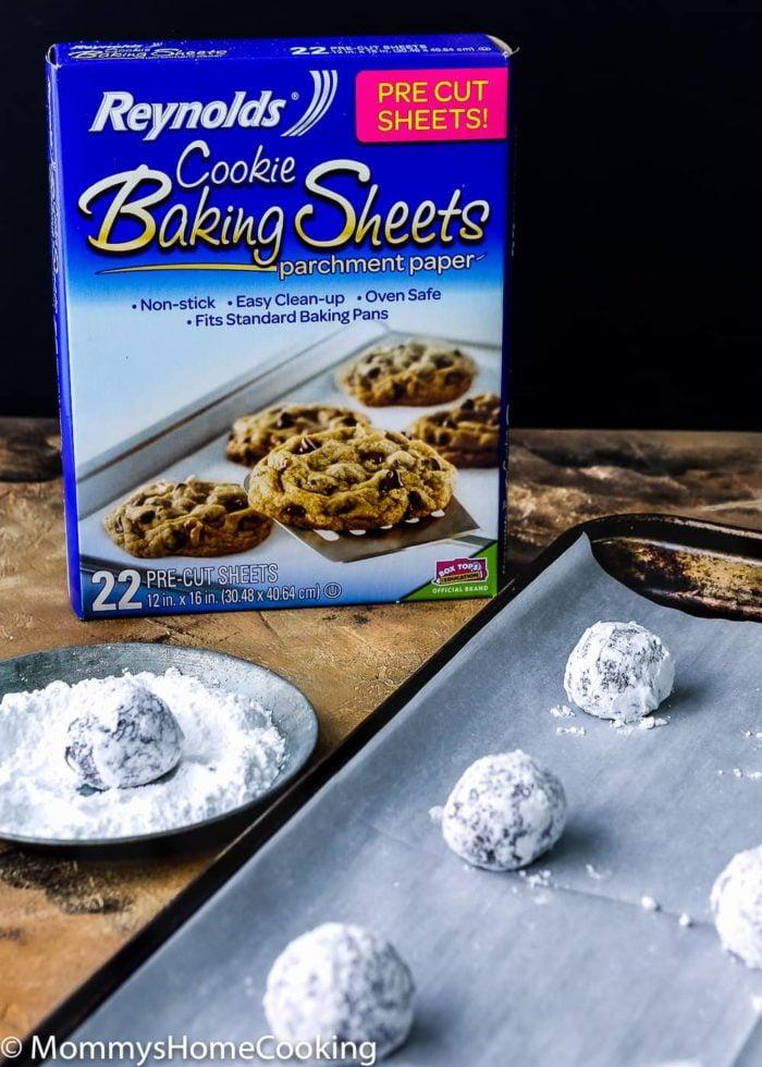 Eggless Chocolate Crinkle Cookies-5