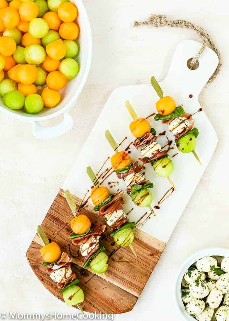 These Prosciutto Melon Skewers are sweet, salty, and tangy all in one. They come together in minutes and are delish. Perfect appetizer recipe for an al fresco summer gathering! https://mommyshomecooking.com