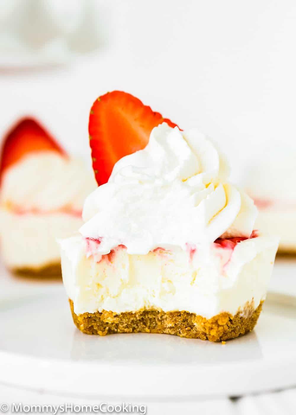 Mini Greek Yogurt Strawberry Cheesecake bitten