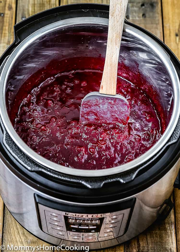 This Easy Instant Pot Cranberry Sauce is spot-on-amazing, fresh, bright, and with just the right amount of tangy and sweet goodness. Try this easy, fuss-free cranberry sauce that and cooks up in in a jiffy. https://mommyshomecooking.com