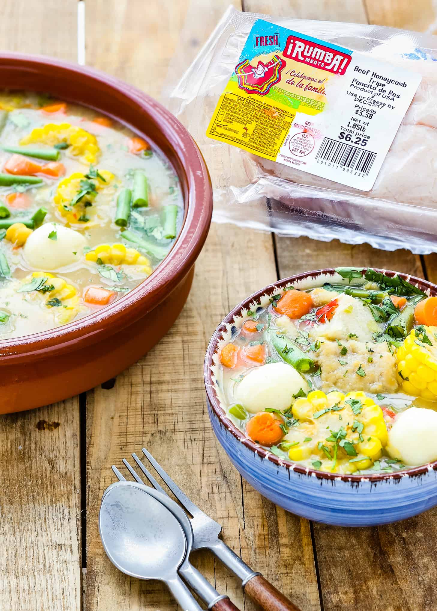 This Venezuelan Mondongo is easy to make and full of flavor. Made with beef tripe (panza), pork's feet (paticas de cochino) and lots of vegetables, this tripe stew will be a pleasant surprise for your palate. Be adventurous and give it a try! https://mommyshomecooking.com