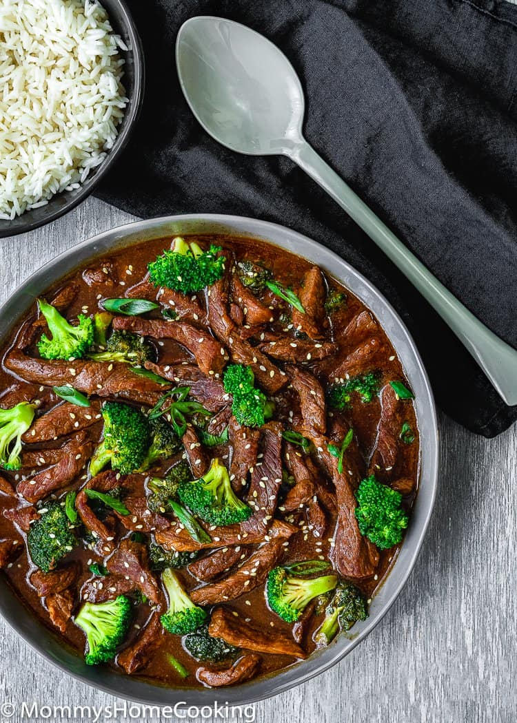 This Easy Instant Pot Beef and Broccoli is a delicious stir-fry recipe that results in a tender, tasty, and no-fuss dinner. Ready in 30 minutes. SO much better than any takeout! https://mommyshomecooking.com