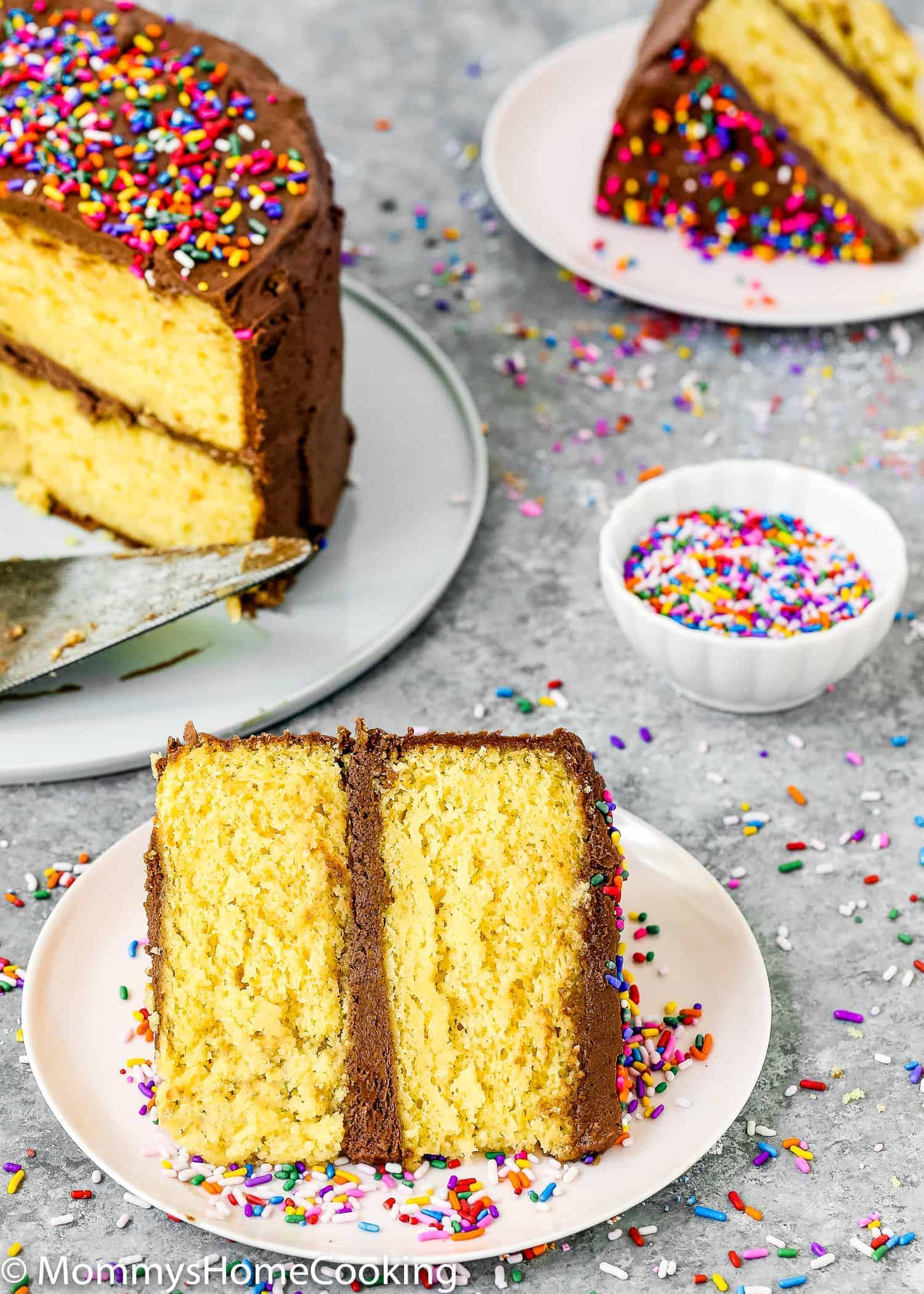 Cake mixes are reliable kitchen shortcut when you have to bake a lot of cakes for a special event, or when you are not in the mood for measuring or sifting ...