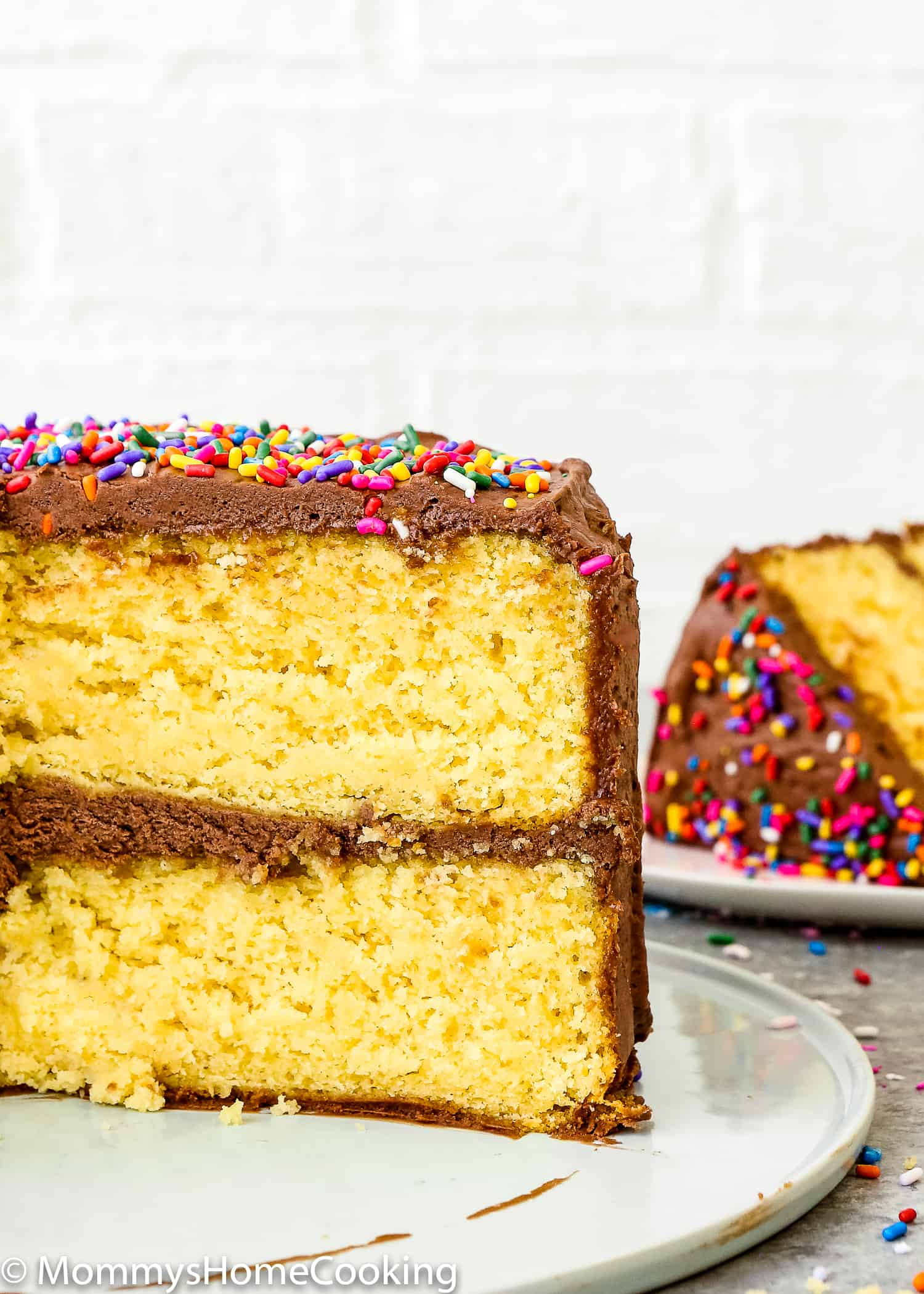 Do you or someone you love have egg allergy? Or did you just run out of eggs? Don't panic! You still can make that box cake that you are craving for. Learn my trick about How to Make a Cake Mix Box without Eggs. Pure convenience and amazingly delicious! https://mommyshomecooking.com