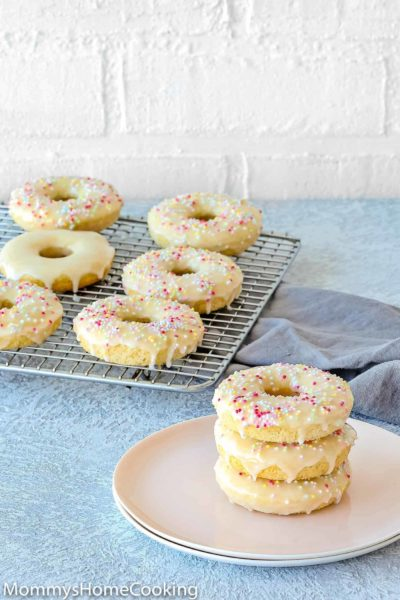 Easy Eggless Baked Donuts