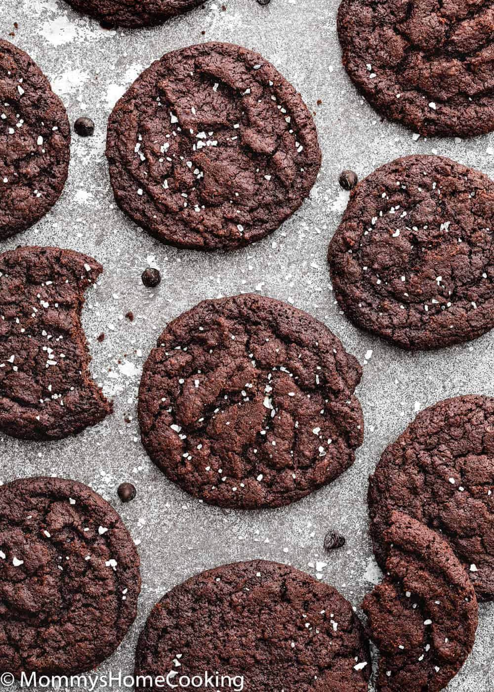 These Eggless Dark Chocolate Cookies are thin and crispy, and SO delicious! They' re super easy to make and dough freezes beautifully. A must-have recipe for chocolate lovers in your life! https://mommyshomecooking.com
