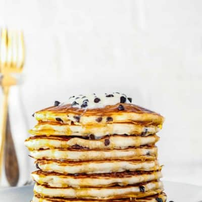 Easy Eggless Chocolate Chip Pancakes