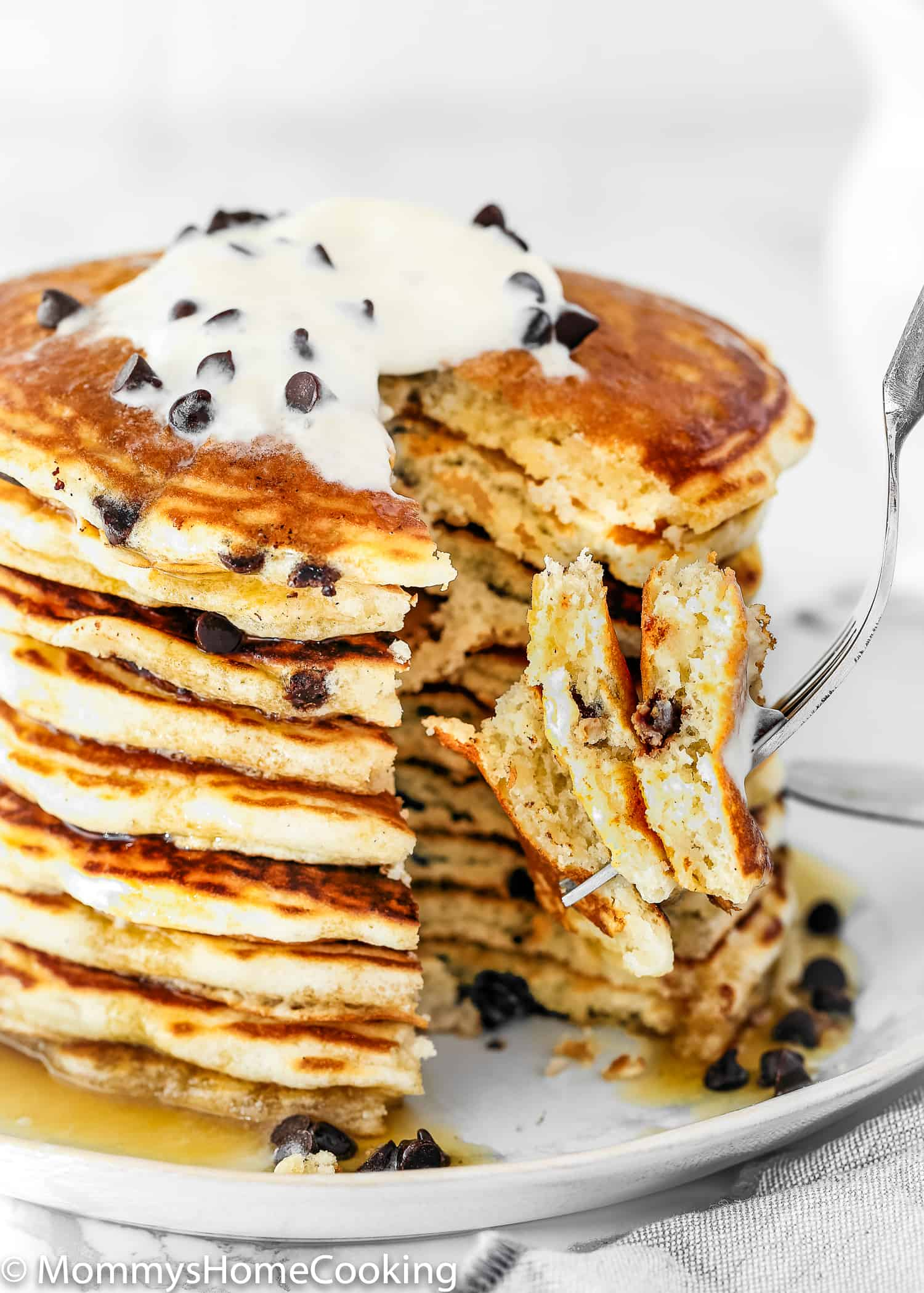 Easy Eggless Chocolate Chip Pancakes - Mommy's Home Cooking