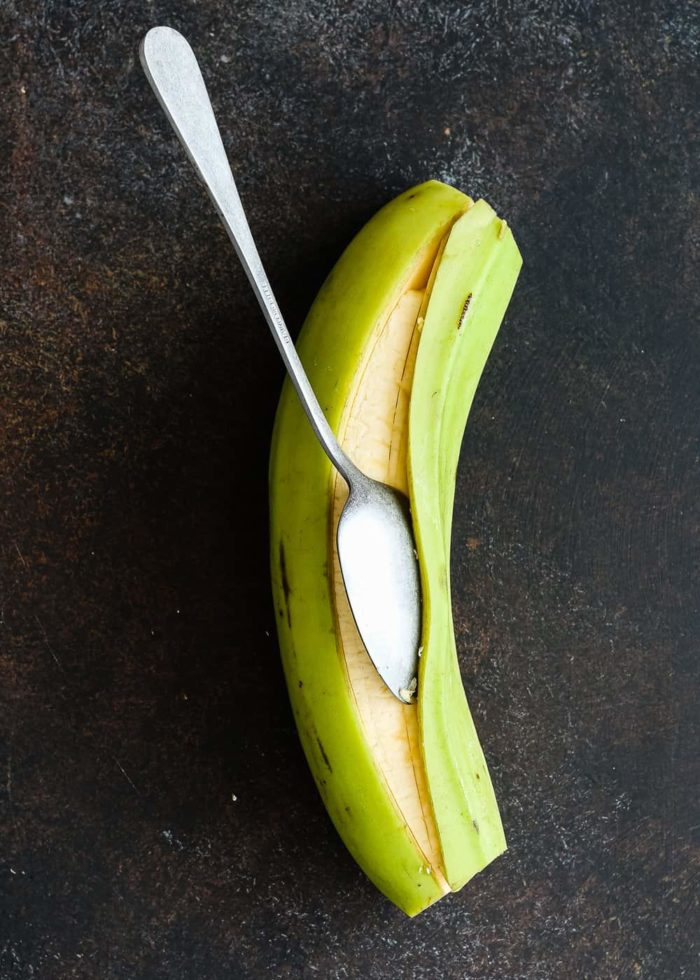 how to remove the peel of a green plantain
