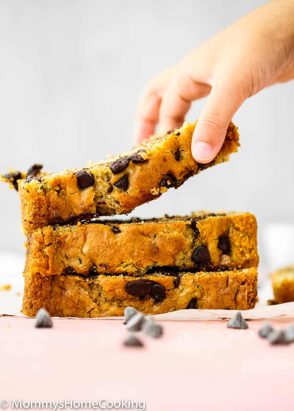 Easy to make eggless zucchini bread with chocolate chips
