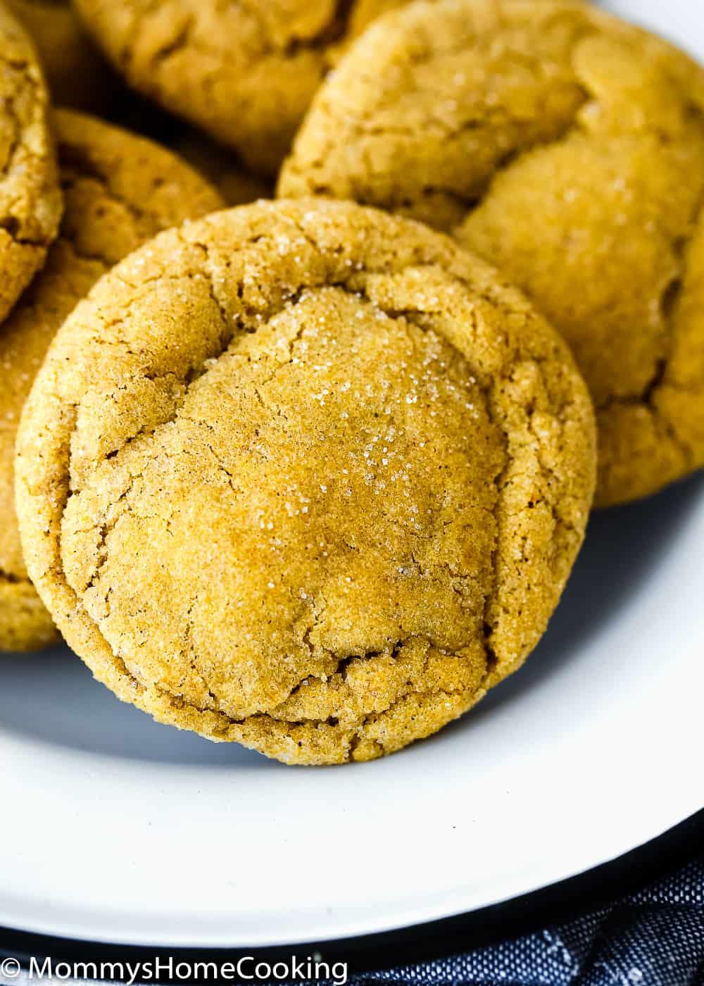 Eggless Pumpkin Snickerdoodles cookie close up