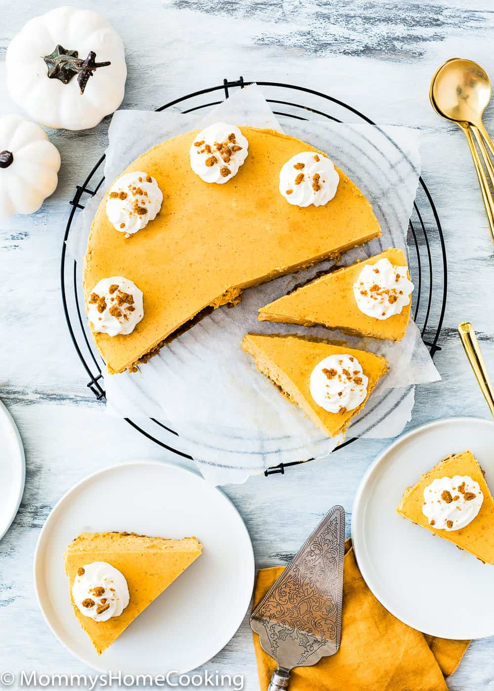 Eggless Pumpkin Cheesecake with whipped cream