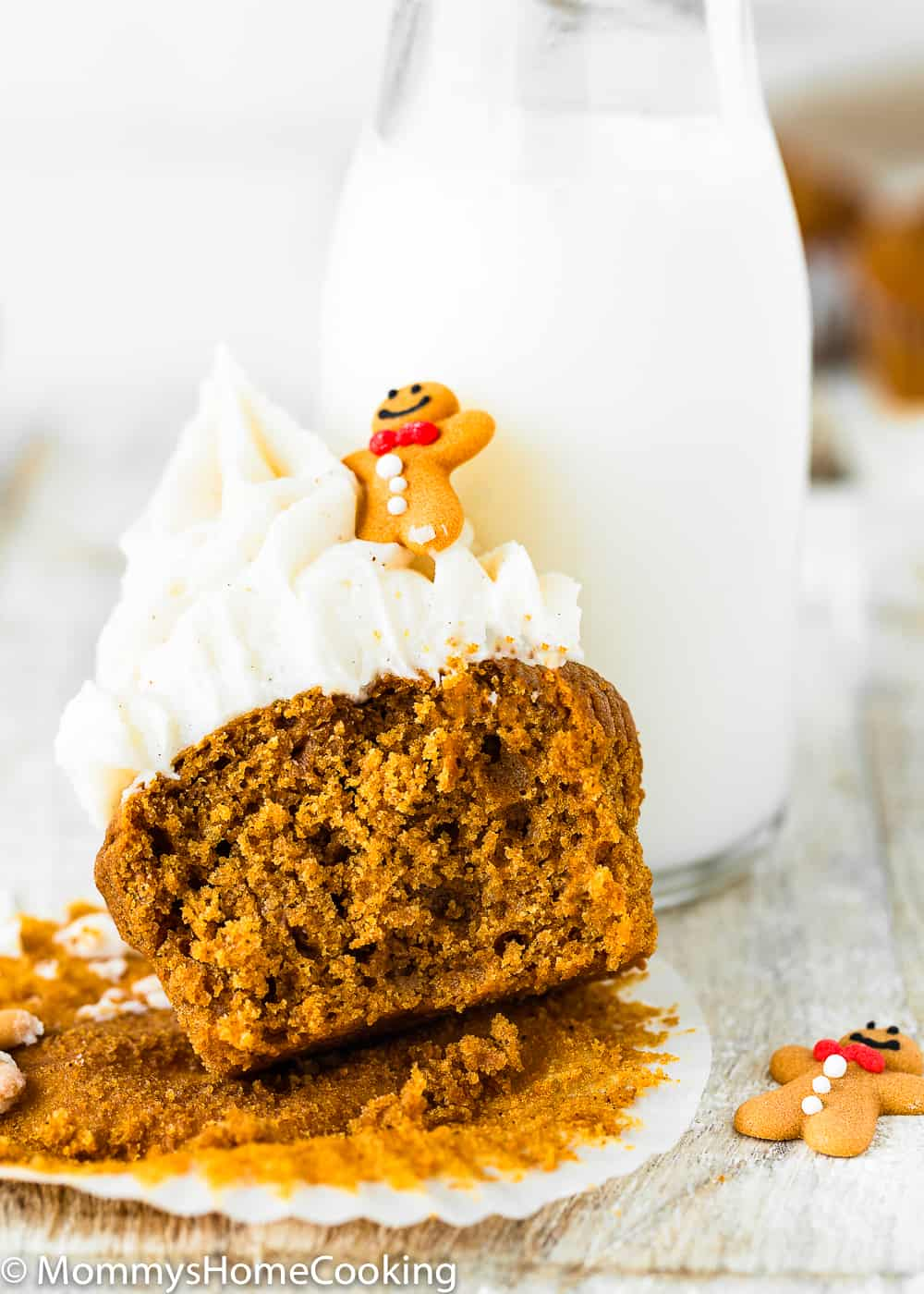 Fluffy inside of a Eggless Gingerbread Cupcake