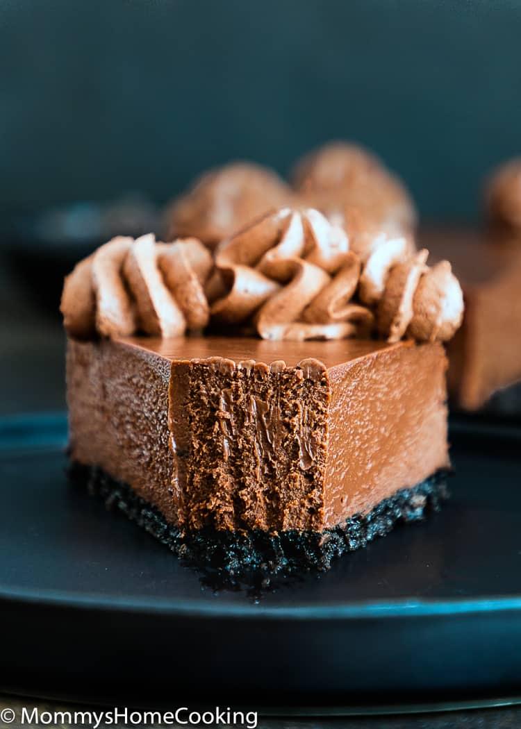 slice of creamy Eggless Chocolate cheesecake