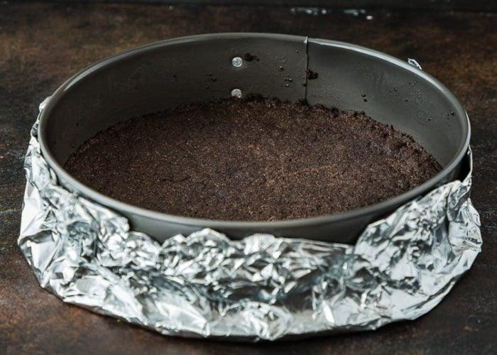 How to make Eggless Chocolate Cheesecake step by step 11