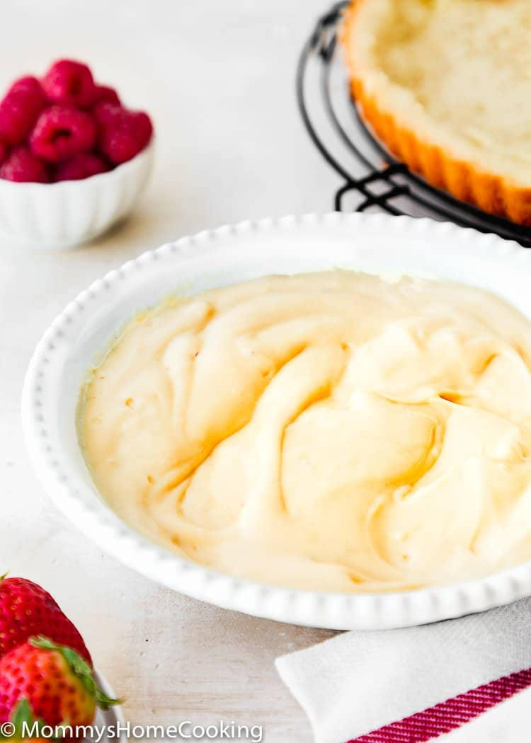 Easy Eggless Pastry Cream in a plate
