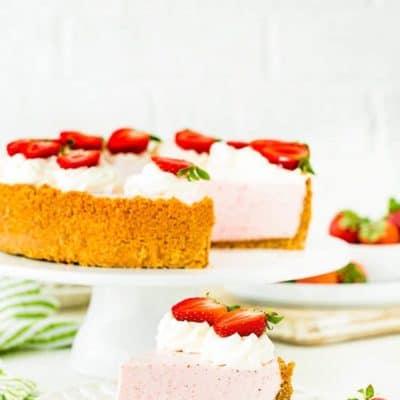 Best No-Bake Strawberry Cheesecake