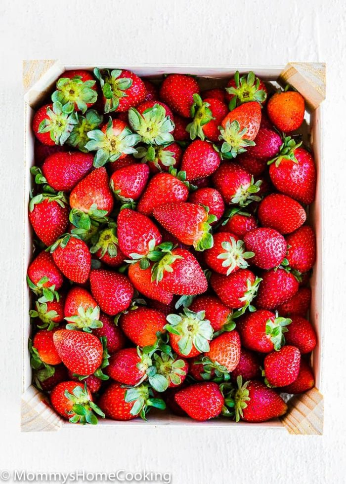Homemade Strawberry Puree ingredients