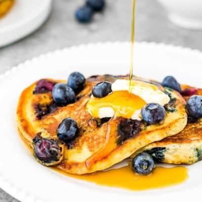 Easy Eggless Blueberry Pancakes