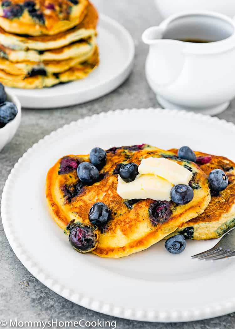 egg free blueberry pancakes with fresh blueberries