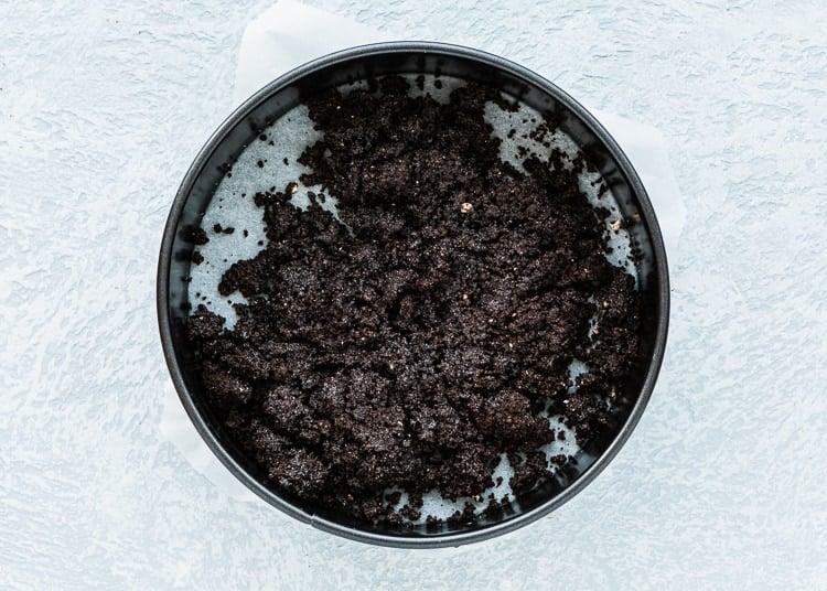 how to make oreo crust for cheesecake step 3