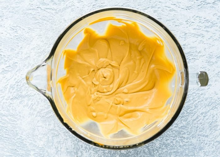 how to make dulce de leche cheesecake step 3