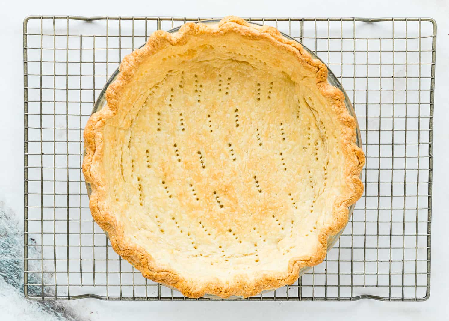 baked pie crust for eggless coconut cream pie