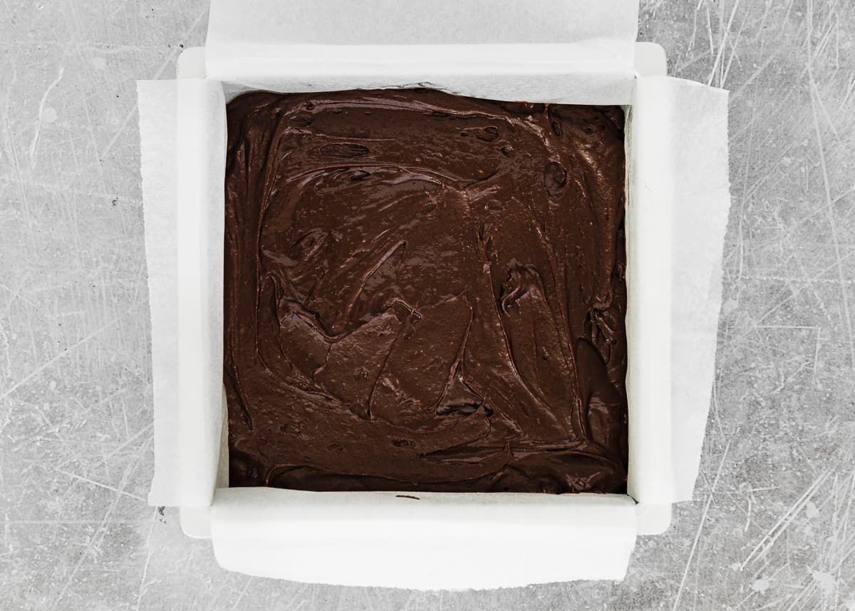 How to assemble eggless cheesecake brownies step 2